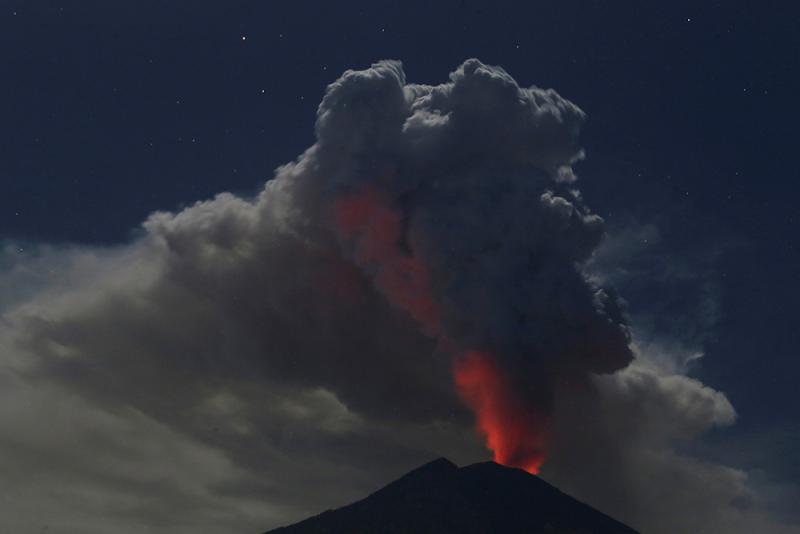 阿貢火山噴發 51港客滯文萊-華發網繁體版