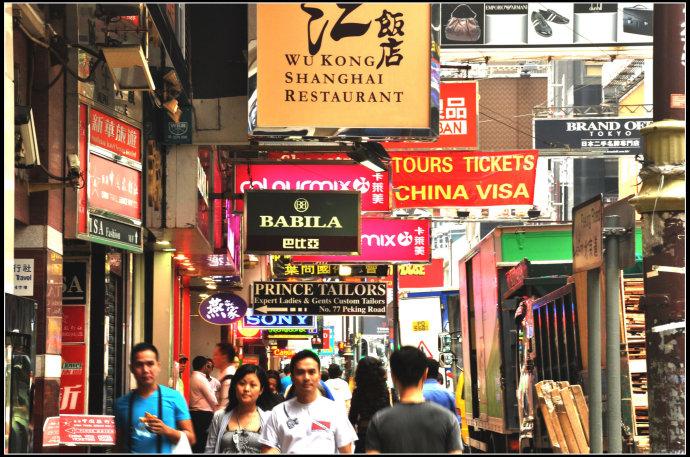 「我害怕回家……」香港「棺材房」,最接近地獄的地方!