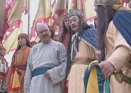 五歲孩子要被淩遲處死,皇帝說割不了三千刀,大臣建議養大再割