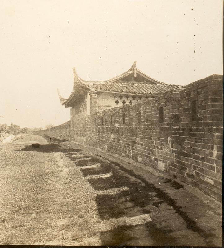 《影子之城》:觸摸古老中國的背影