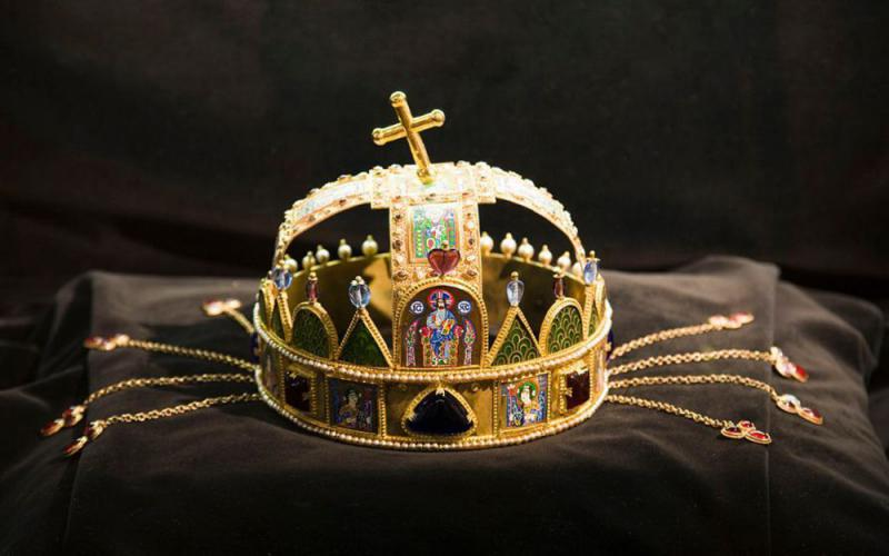 匈牙利的金王冠
