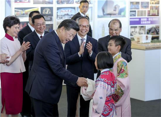 香港粵劇小演員在京演出 曾為習主席表演