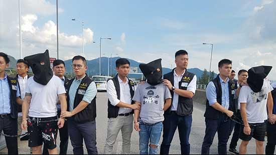 粵港警方移交尖沙咀劫案3名港籍疑犯