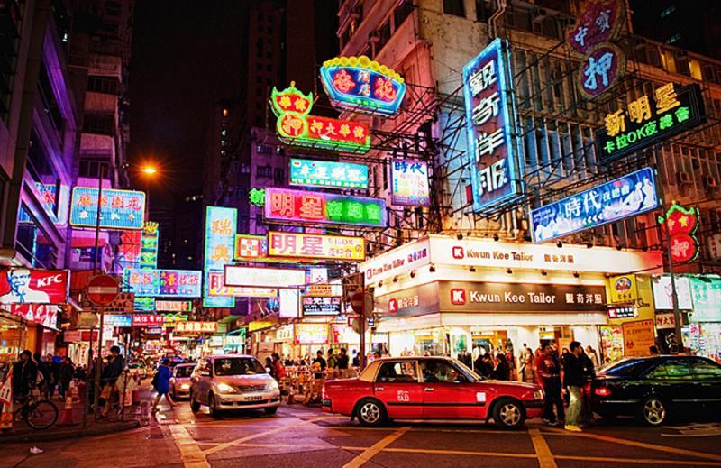 香港的夜:幾分真實,幾分虛假