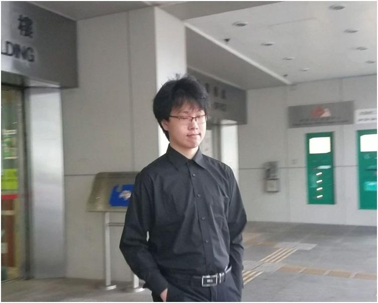 立會外攜氣槍鉸剪案「獨」學生劉康提堂