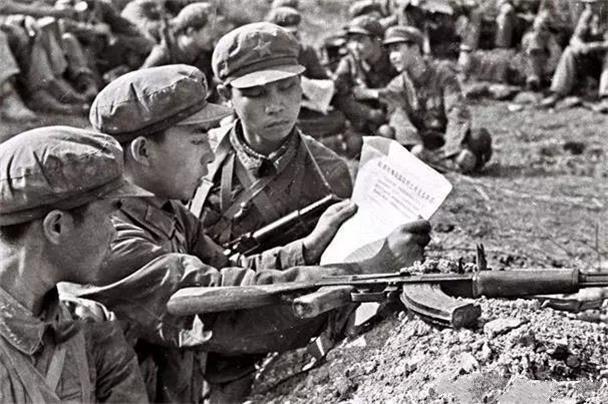 對越反擊戰,為何被稱為中國近代最奇怪的戰爭,鄧小平一語道破!