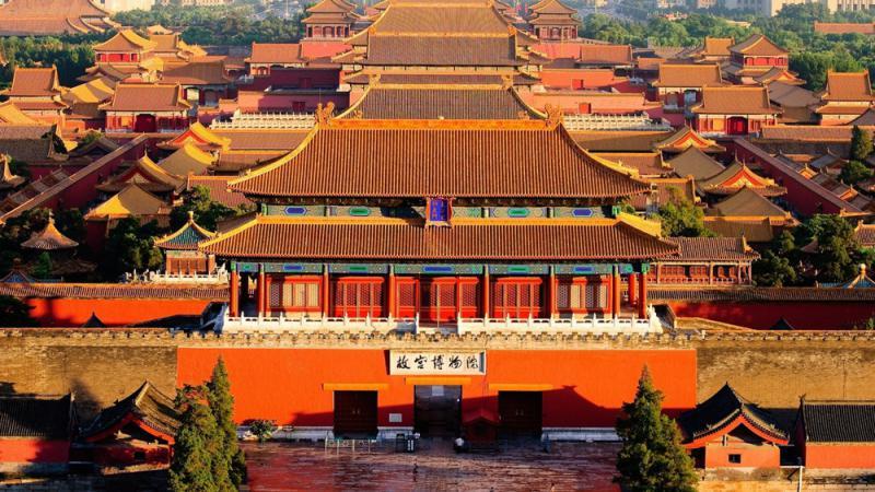 中國的王朝史裏,夾雜着一部浩瀚的宮殿史