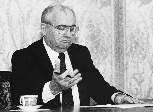 得知葉利欽去世,戈爾巴喬夫說了4個字,字字戳心