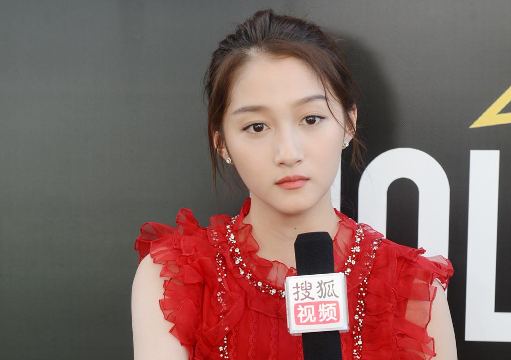 專訪關曉彤:跟張藝謀學習很多,導演是個溫柔的人-華發網繁體版