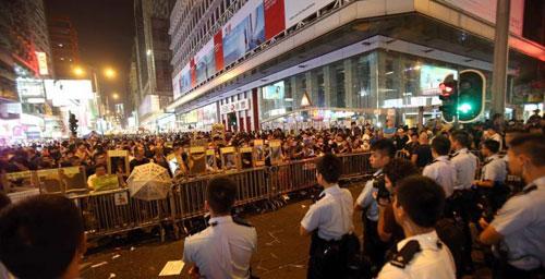 《何為證據》:香港「佔中」亂局,誰人操控?值得深思!