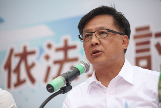 馬凱被拒簽│何君堯:外國人在港工作就要守法