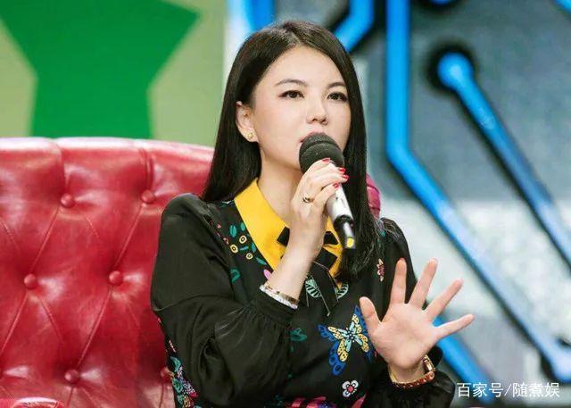李湘點讚了一條微博,卻也無意間暴露她對王嶽倫的真實態度