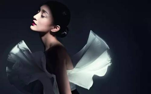 周迅:網友說我老我哭了 但現在我敢說出來-華發網繁體版