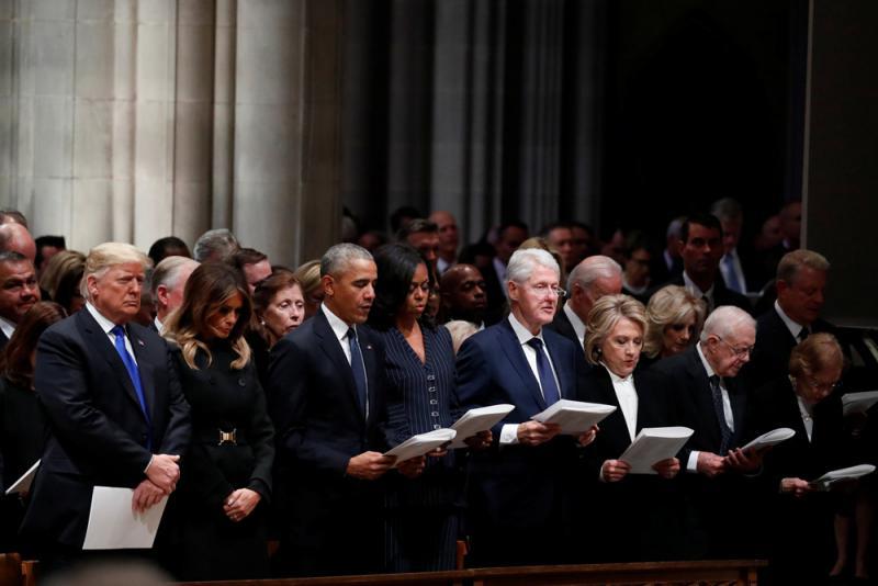 特朗普葬禮「離群」 尷尬互動顯分裂難和解 - 華發網繁體版