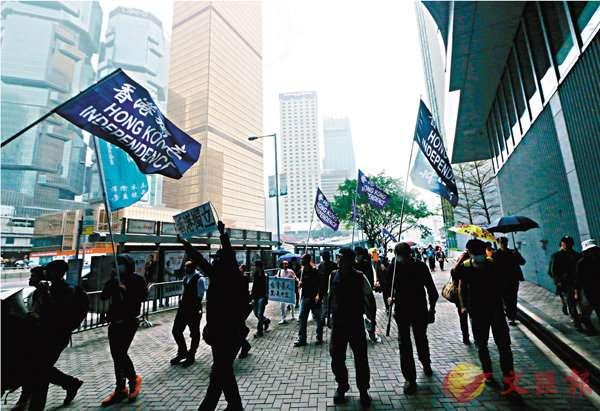 反對派夥「獨派」 煽包圍立法會