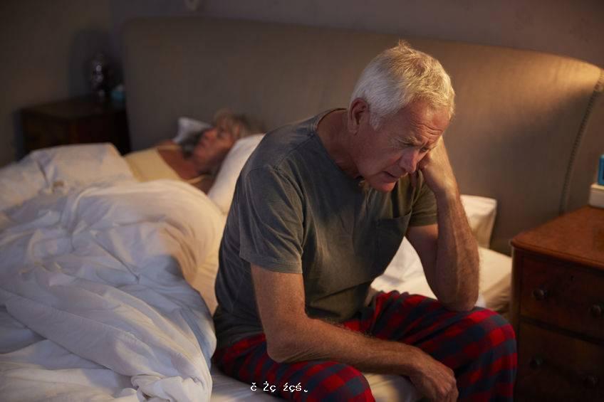 中老年人一天睡幾個小時?醫生建議:睡夠這個小時就行,別強求