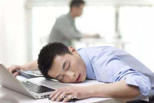 午睡有沒有必要?醫生提醒:要想健康長壽,時間最好別超過標準