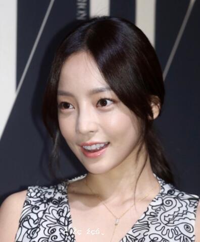 韓國歌手具荷拉在家中死亡 具體原因正在調查中