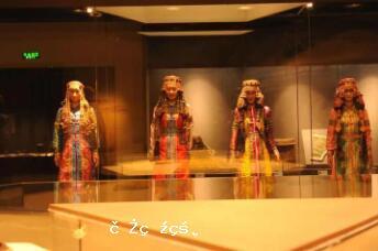 《人民日報》這樣向世界講述鄂爾多斯博物館!