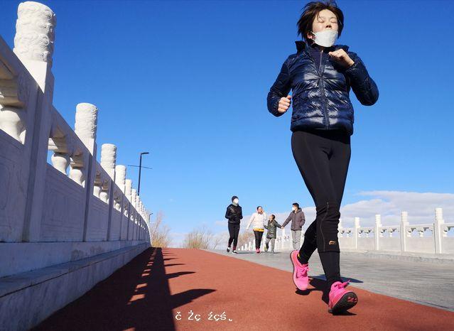 """戴口罩跑步竟致猝死?口罩是導致猝死的""""真兇""""嗎"""