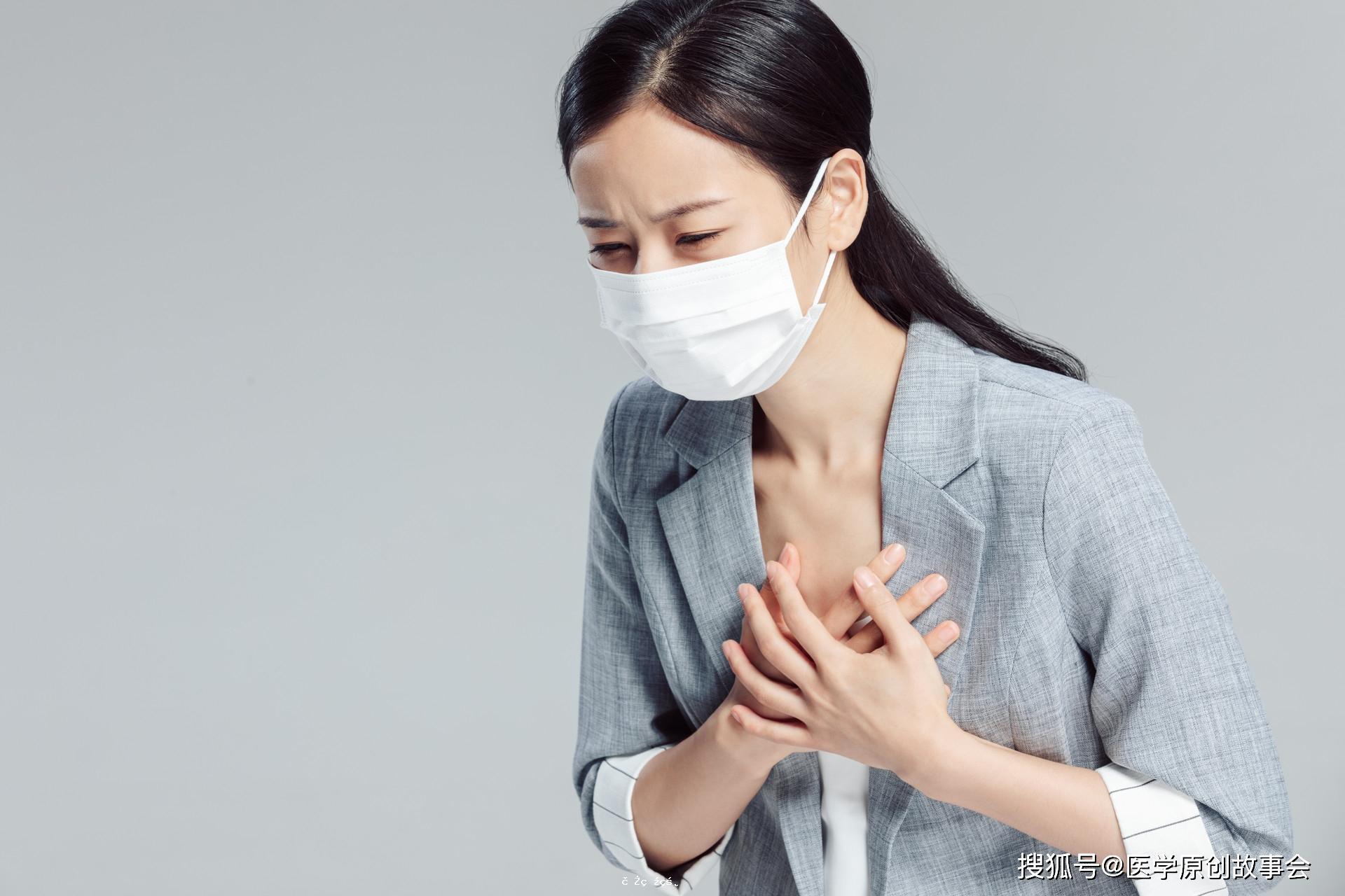 胸背出現壹個信號的時候,別再誤認為冠心病,請及時排查這種癌癥
