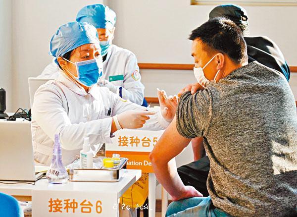 內地接種者:生活如常  無信錯科興疫苗