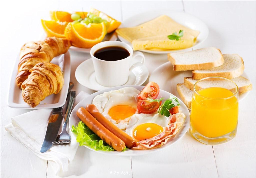早餐怎麽吃更健康?研究發現八點半前吃早飯,能降低2型糖尿病風險