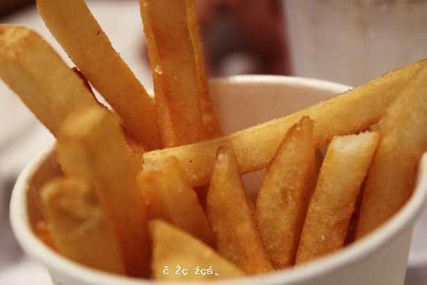 《骨骼研究》:每天吃垃圾食品可導致兒童骨密度降低