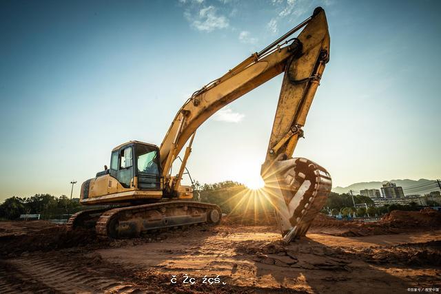中國工程機械出口一帶一路創新高