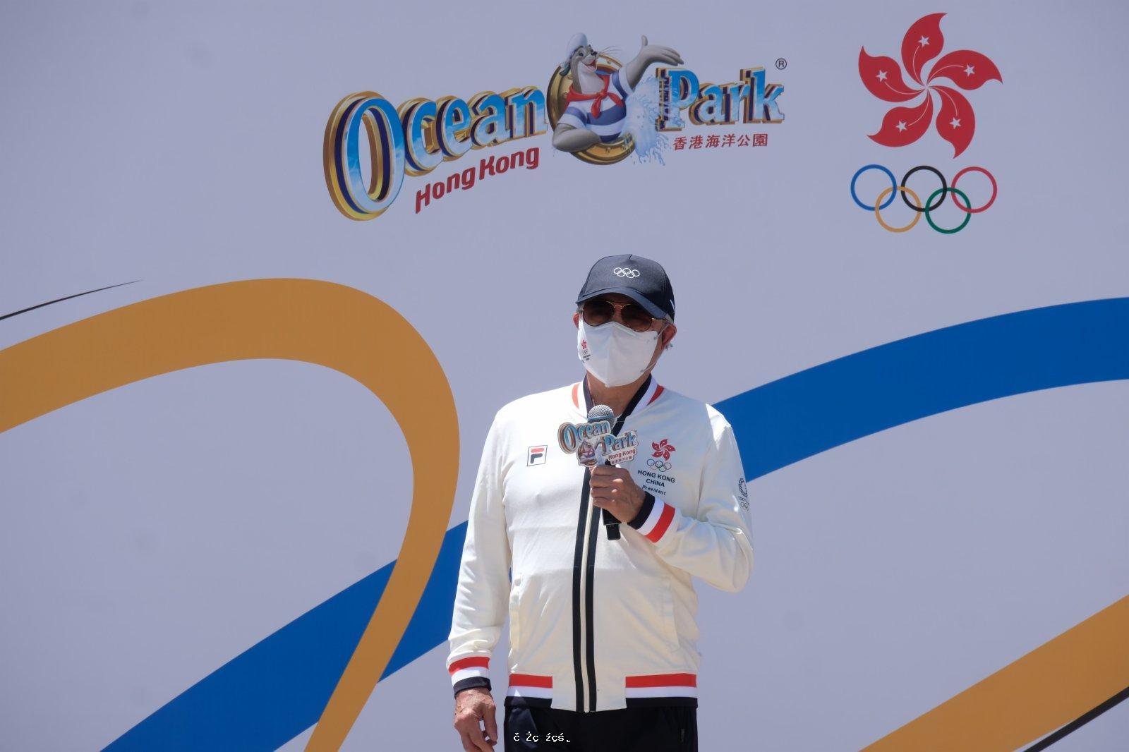 霍震霆:爭取由香港舉行全運會開幕式